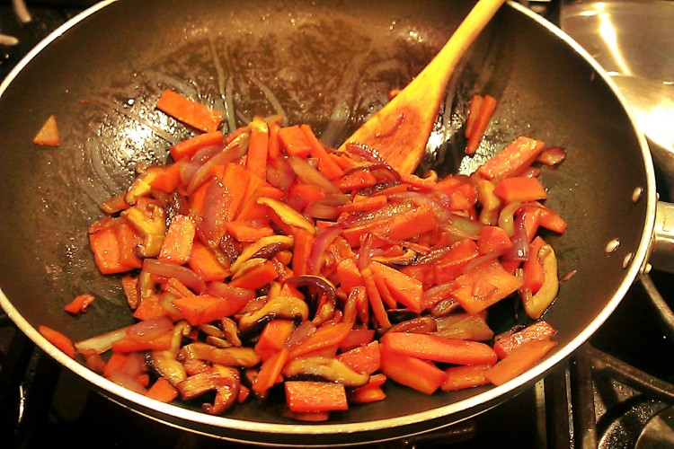 carrot stir fry with balsamic glaze